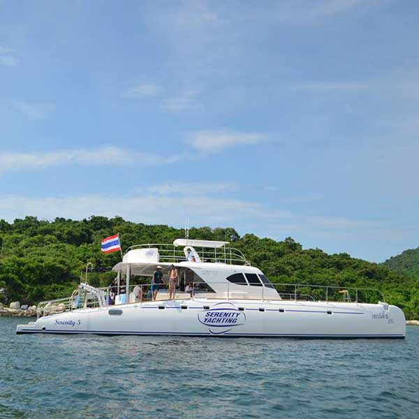 Best-Day-Trip-Pattaya-3-Islands-Serenity-Yachting-Catamaran-5