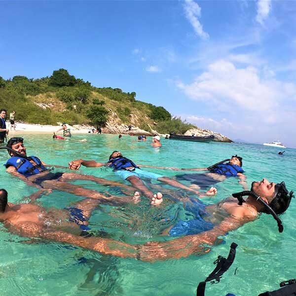 Best-Day-Trip-Pattaya-3-Islands-Serenity-Yachting-Catamaran-6