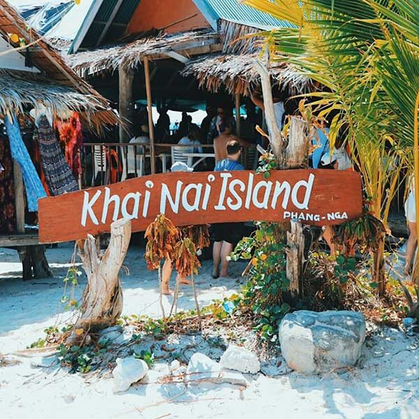 Full-day-trip-Phi-Phi-Island-Deluxe-Plus-4-Islands-by-speedboat2