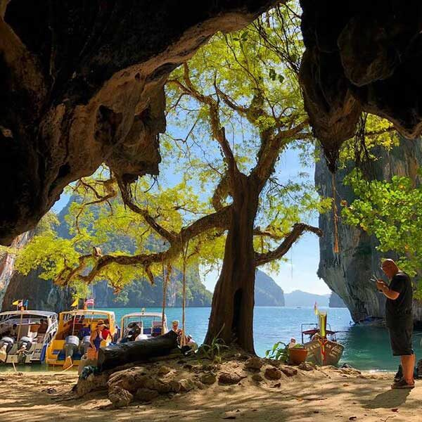 One-Day-Trip-Hong-Island-Krabi-By-Speedboat-5