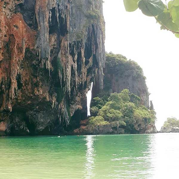 Phuket-One-Day-Trip-Krabi-5-Islands-Yao-Island-by-speedboat-3