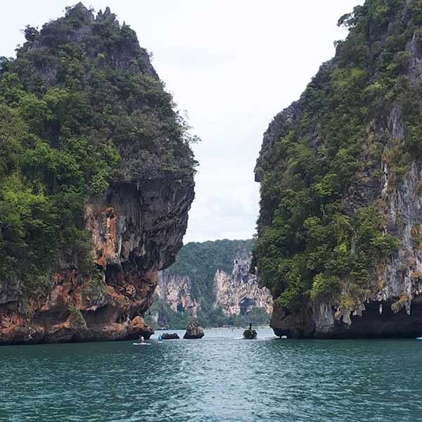 Phuket-One-Day-Trip-Krabi-5-Islands-Yao-Island-by-speedboat-4