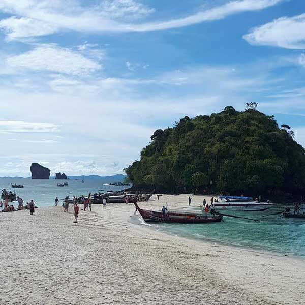 Phuket-One-Day-Trip-Krabi-5-Islands-Yao-Island-by-speedboat-8