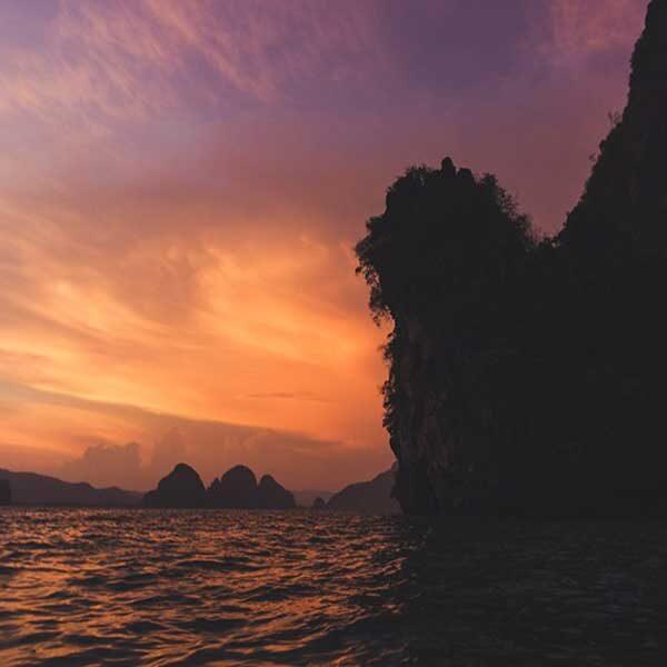 Phuket-Tour-John-Grays-Sea-Canoe-Hong-by-Starlight-Big-boat2