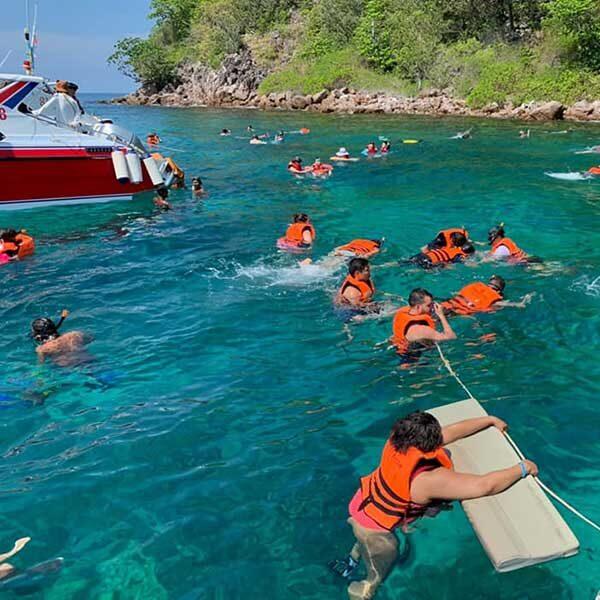 day-trip-Phi-Phi-Island-Yao-Yai-Island-Khai-Island-5