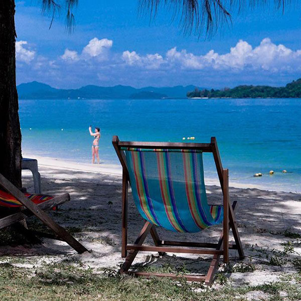 full-day-relax-private-naka-noi-island