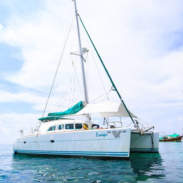 full-day-trip-maiton-island-cruise-by-sailing-catamaran-br9-3