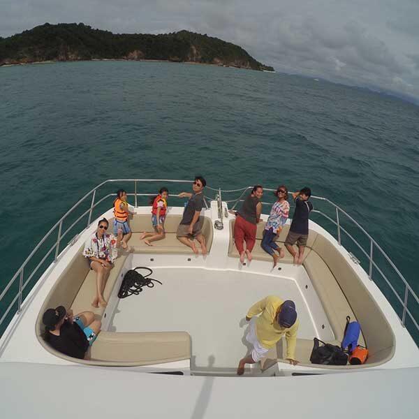 full-day-trip-maiton-island-phi-phi-island-sunset-cruise-by-power-catamaran-9