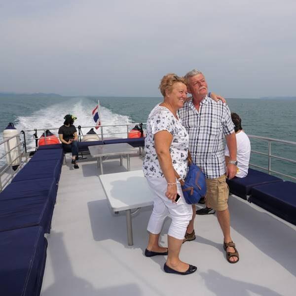 full-day-trip-premium-phi-phi-island-khai-island-by-catamaran
