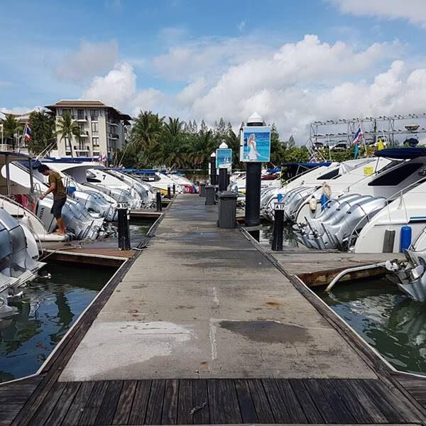 full-day-trip-premium-phi-phi-island-khai-nai-island-by-speedboat-2