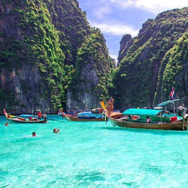 full-day-trip-premium-phi-phi-island-khai-nai-island-by-speedboat-3