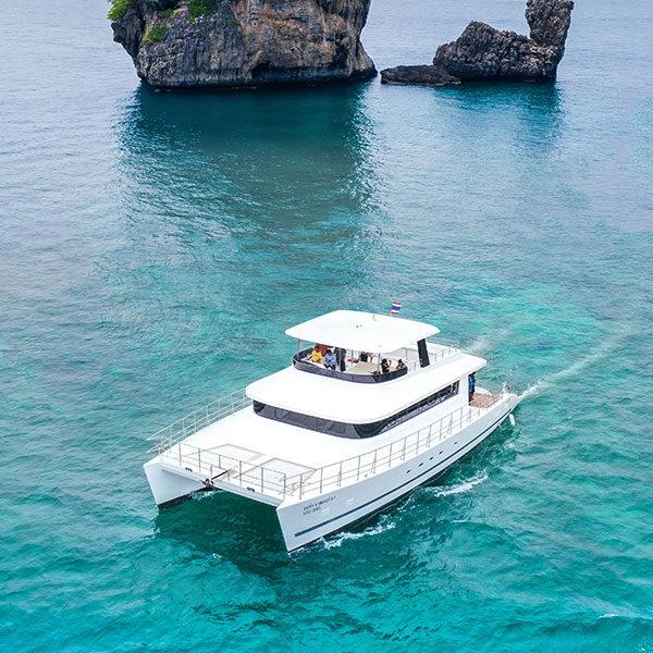 luxury-yacht-catamaran-cruise-krabi-tour