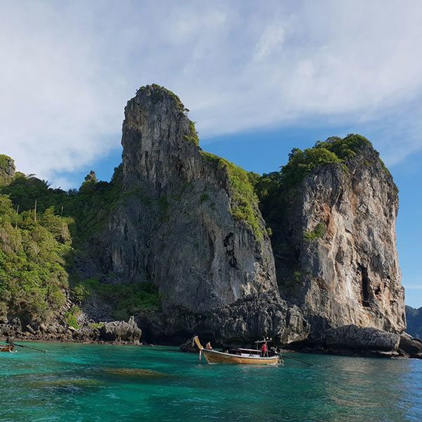 phi-phi-islands-sunset-tours-phuket