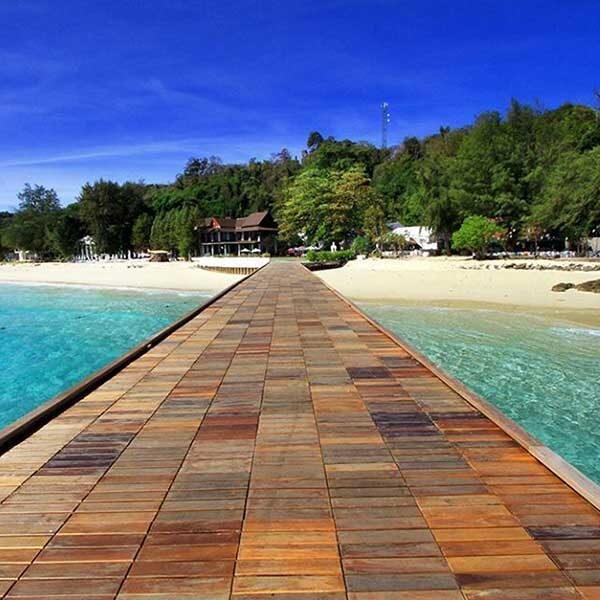 phuket-maiton-private-island-seiling-catamaran