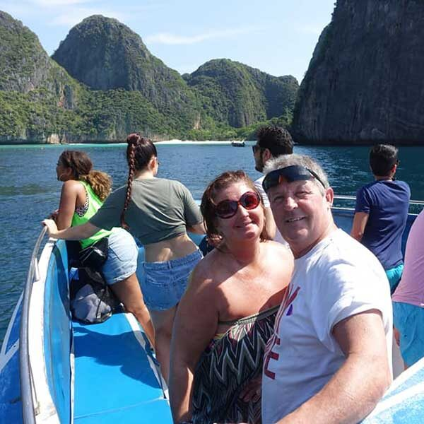 phuket-phi-phi-6-islands-hopper-deluxe-plus-gold-speedboat-3
