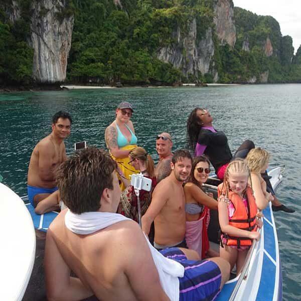 phuket-phi-phi-island-hopper-deluxe-speedboat