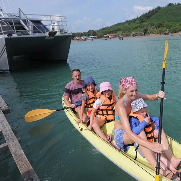 premium-tour-catamaran-krabi-hong-island