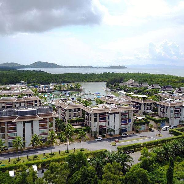 premium-tour-phi-phi-royal-phuket-marina