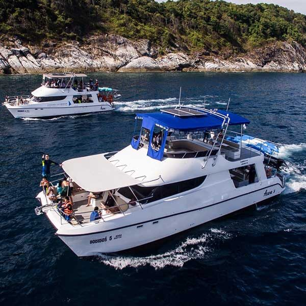 rent-private-day-charter-power-catamaran-phuket