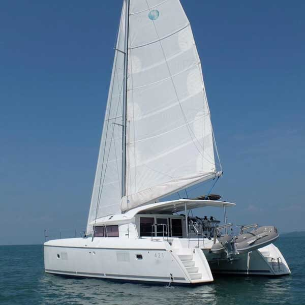 rent-private-day-charter-sailing-catamaran-phuket-2