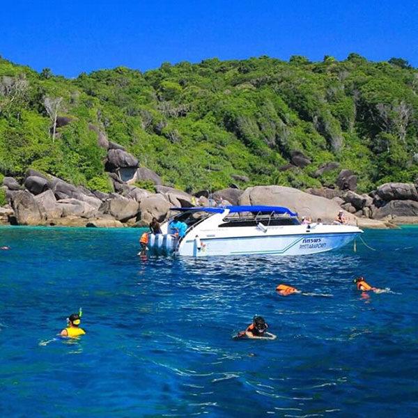speedboat-similan-island-snorkeling-tour