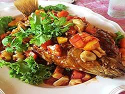 thai-cuisine-cooking-school-blue-elephant-stir-fried-seabass-with-tamarind-sauce
