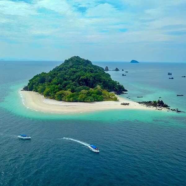 Phuket-Full-Day-3-Islands-Trip-Racha-Noi-Racha-Yai-Maiton-2
