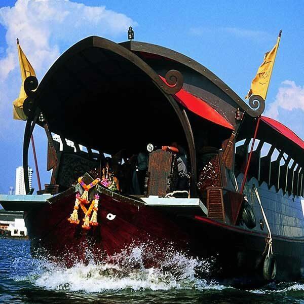bangkok-luxury-dinner-manorah-cruise-2