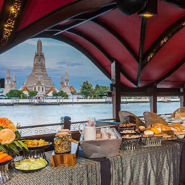 bangkok-luxury-dinner-manorah-cruise-5
