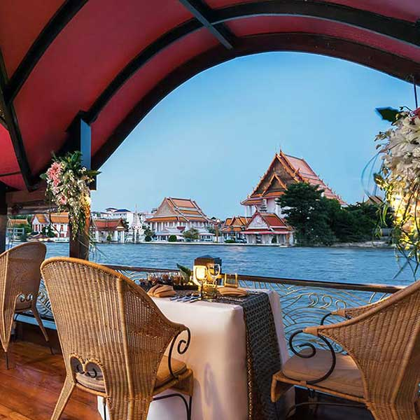 bangkok-luxury-dinner-manorah-cruise-6