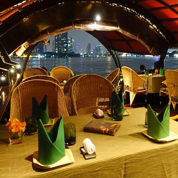bangkok-luxury-dinner-manorah-cruise