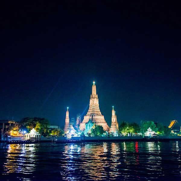 bangkok-show-dinner-cruise-white-orchid-4