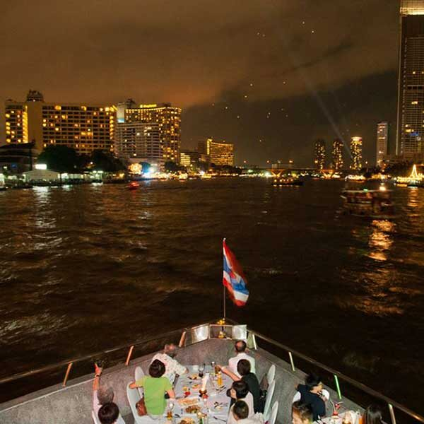bangkok-show-dinner-cruise-white-orchid-6