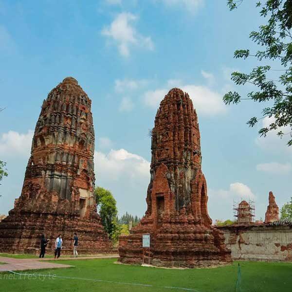 Bangkok-Ayutthaya-Sightseeing-Tours-Wat-Mahathat-2