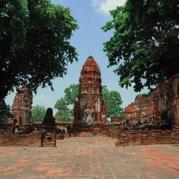Bangkok-Ayutthaya-Sightseeing-Tours-Wat-Mahathat