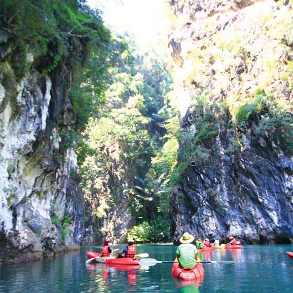 Best-Outdoor-Activities-Half-Day-Kayaking-&-Canoeing-Tour-Ao-Thalane-Krabi
