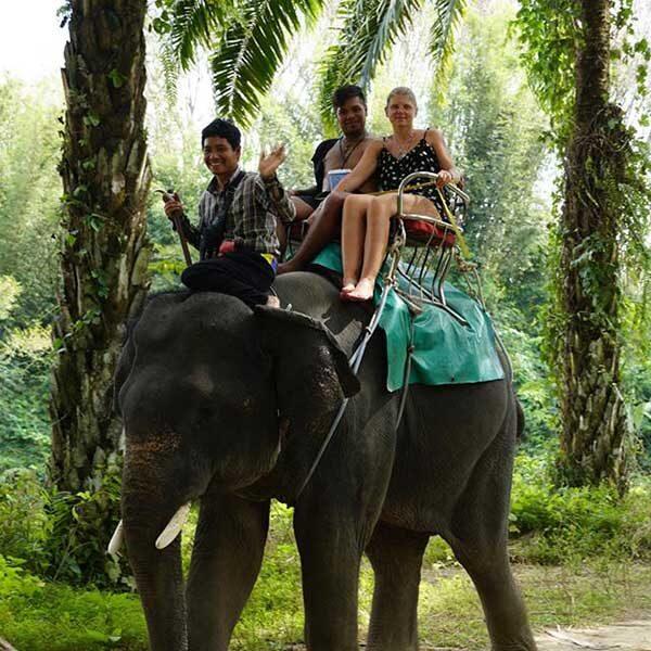 D1.-Day-Trip-White-Water-Rafting-7-km.Elephant-Trekking-2