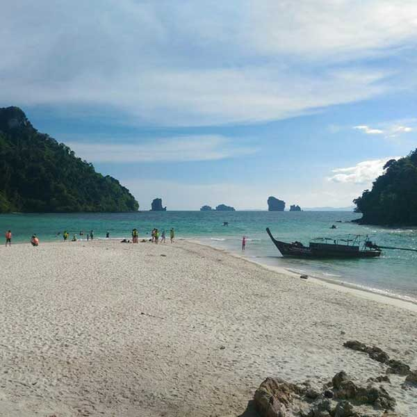 Krabi-Afternoon-Sunset-Tour-7-islands-by-big-boat-11
