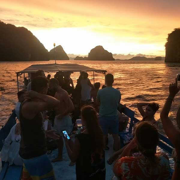 Krabi-Afternoon-Sunset-Tour-Hong-Island-by-big-boat-3