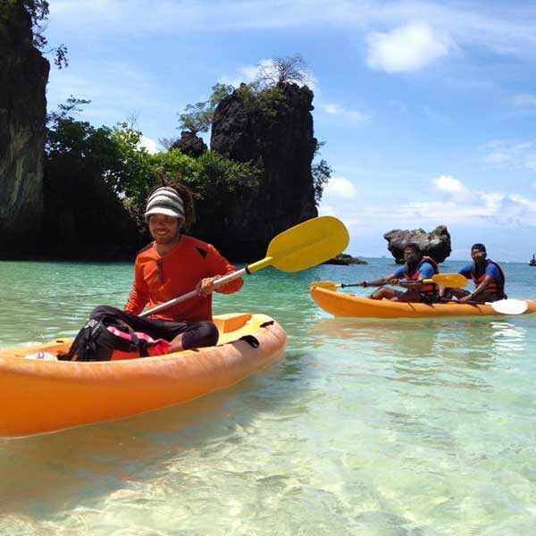 Krabi-Day-Tour-Hong-Island-by-long-tail-boat-with-Kayak-2