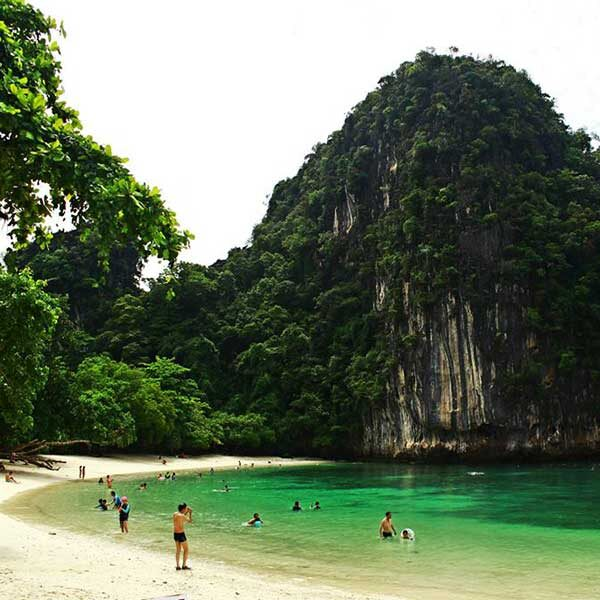 Krabi-One-Day-Trip-Hong-Island-by-long-tail-boat-2