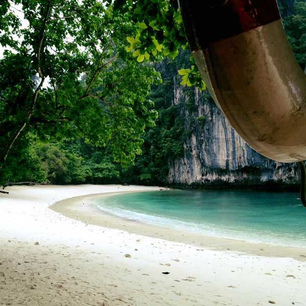 Krabi-One-Day-Trip-Hong-Island-by-long-tail-boat-4