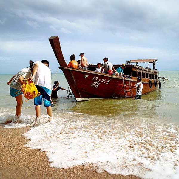 Krabi-One-Day-Trip-Hong-Island-by-long-tail-boat-5