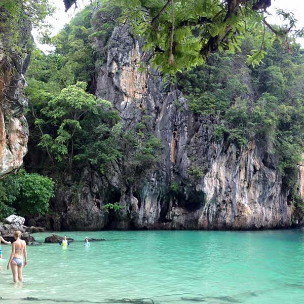 Krabi-One-Day-Trip-Hong-Island-by-long-tail-boat-6