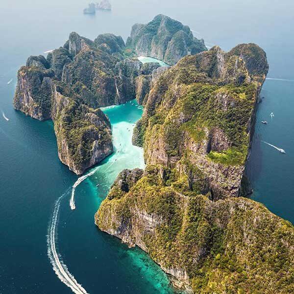 Krabi-Premium-Day-Trip-Phi-Phi-Island-Bamboo-Island-by-speedboat