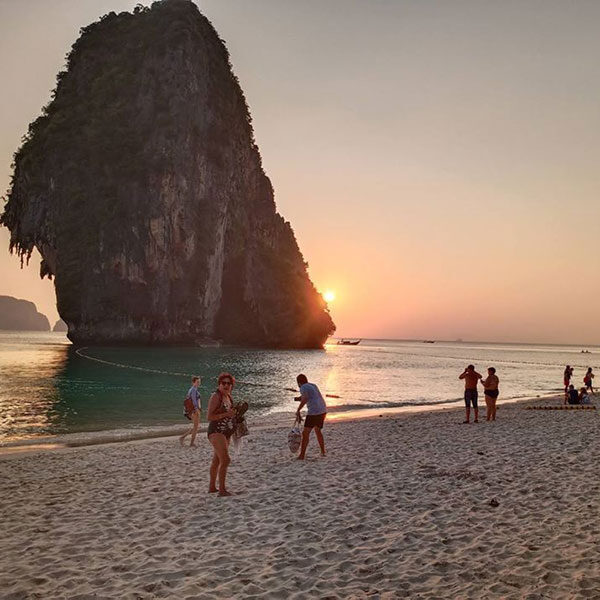 poda-island-krabi-sunset-tour