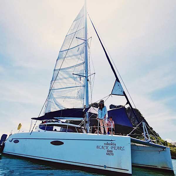 Krabi-Full-Day-Tour-Hong-Island-by-Sailing-Catamaran-4