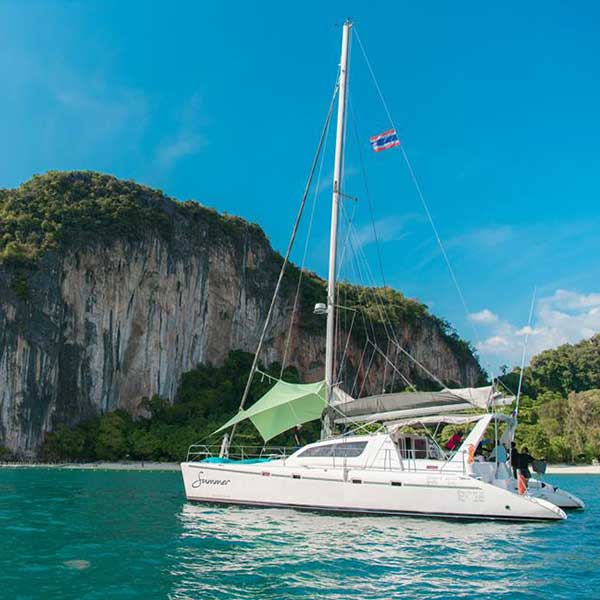 Krabi-Full-Day-Tour-Hong-Island-by-Sailing-Catamaran-7
