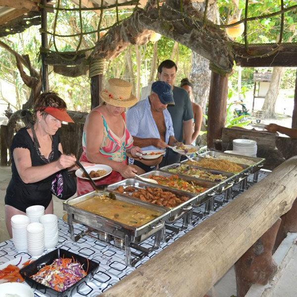 buffet-lunch-racha-island-tour-phuket